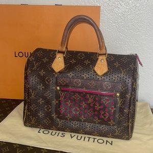 Authentic Louis Vuitton perforated speedy 30 RARE